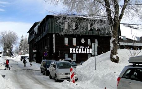 Krušné hory: Hotel Boží Dar a restaurace Excalibur