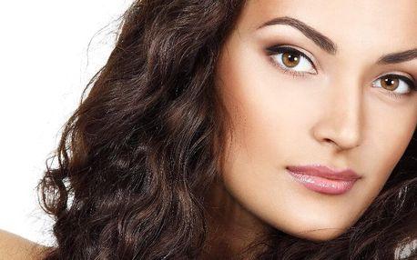 Dvouhodinová kosmetická péče o obličej, krk a dekolt