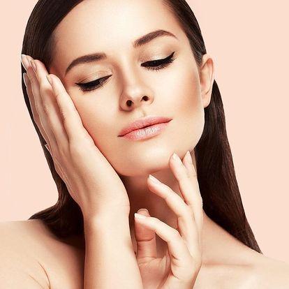 Kosmetické ošetření a úprava obočí i zábal rukou