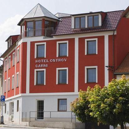 Střední Čechy: Hotel Ostrov Garni