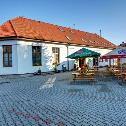 Pardubický kraj: Restaurace a Penzion U Novaku