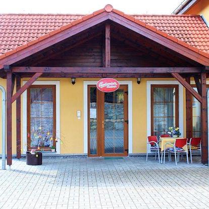 Karlovarský kraj: Golf Hotel Karolina