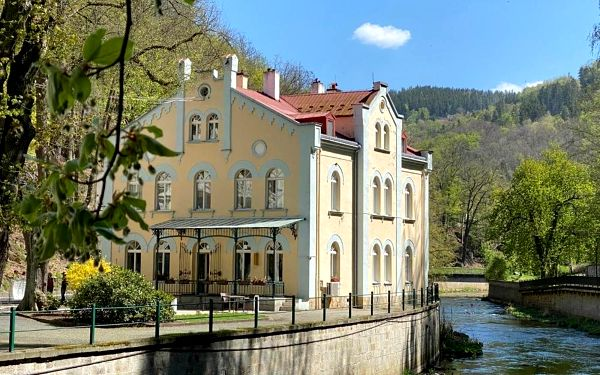 Villa Basileia Riverside