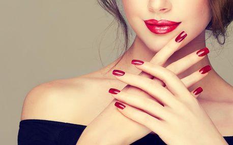 Manikúra s gel lakem, akrylové nehty i doplnění