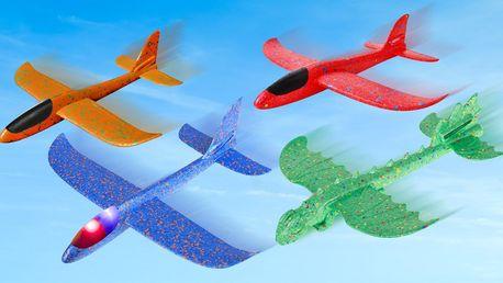Pěnová házecí letadla: výběr barev a velikostí