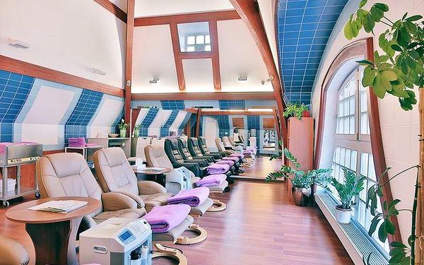 3denní rodinný pobyt pro 2 v hotelu Olympia Spa & Wellness v Karlových Varech v termínech 1. 11. – 19. 12. 2020 a 3. 1. – 28. 2. 2021 (nástup Ne–St)4