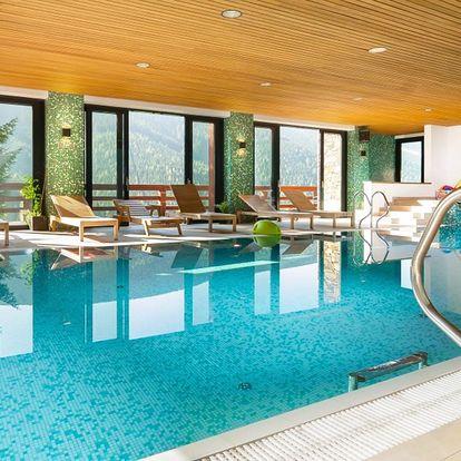 Relax ve Špindlu: snídaně či polopenze, bazén, sauna