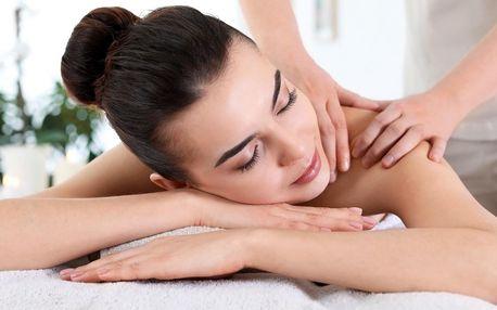 Uvolňující 60minutová office masáž v Diamond Spa