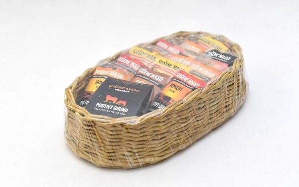 Dárkový koš sušeného masa - 12 balení + masové bonbony, V pohodlí domova (Celá ČR)3