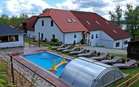 Pobyt u Lipna s polopenzí, bazénem a vířivkou