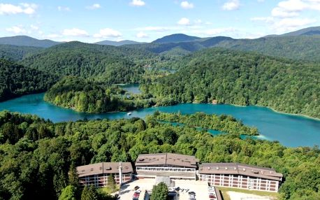 Chorvatsko - Plitvická jezera: Hotel Jezero