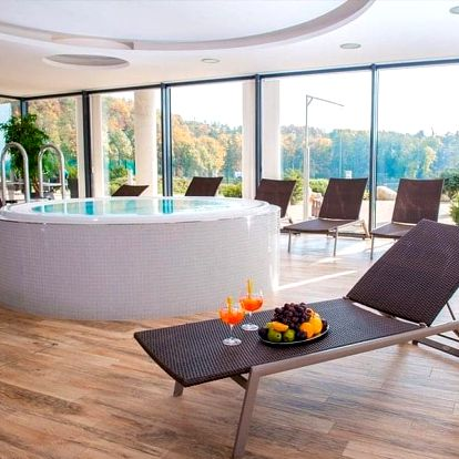Wellness pobyt se saunou i bazénem v resortu K-Triumf Velichovky na Hradecku