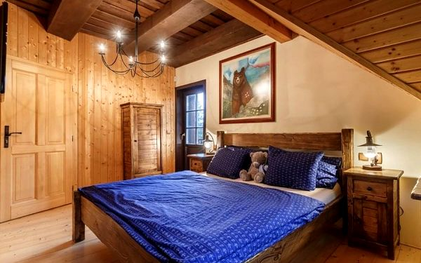 5denní pobyt v chatě Medvědí skála v Beskydech pro až 10 osob (Ne–Čt)4