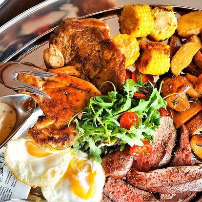Mix grill pro 2–3 osoby: 3 druhy masa a přílohy