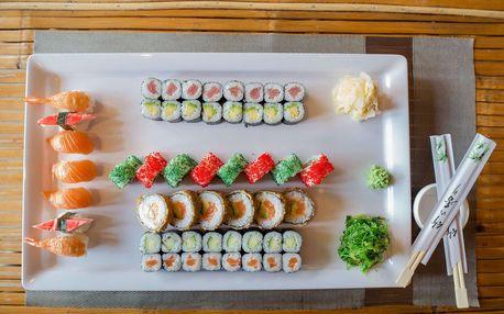 Set 53 kousků sushi v restauraci Ngoc Ha Sushi v Ostravě
