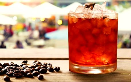 Alko i nealko kávový drink od oceňovaného barmana