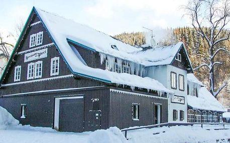 Pec pod Sněžkou v objetí skiareálů v Hospodě na Peci *** s chutnými snídaněmi