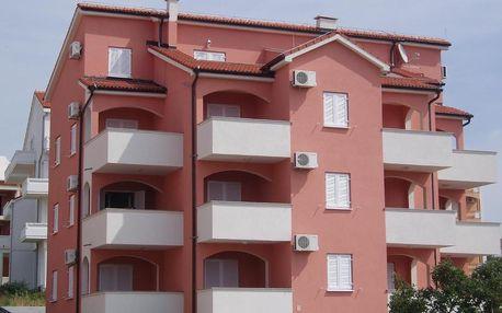Chorvatsko, Pag: Apartments Paradiso