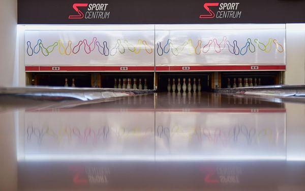 1 hodina bowlingu v čase 15:00 až 18:005
