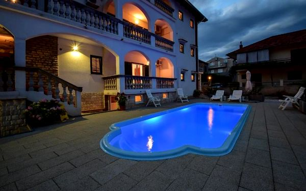 Apartments Jonjić