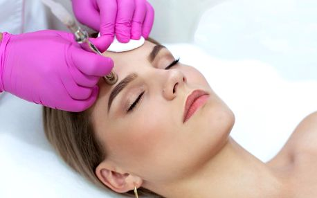 Odstranění vrásek, akné, pigmentace a jizev