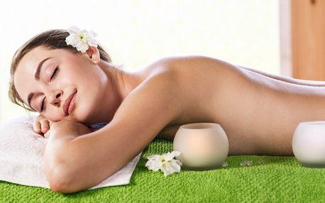 Hodinová masáž pro unavenou ženu a workoholičky