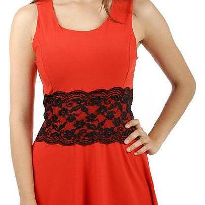 Krátké šaty s krajkou v pase