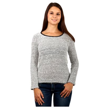 Dámský svetr s vykrojenými zády
