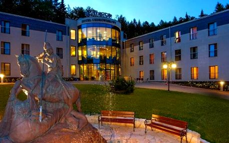 Polsko u českých hranic: Pobyt v Hotelu St. George Family & Senior Spa Kudowa Zdrój *** s wellness a polopenzí