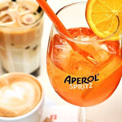 Aperol, domácí limonáda nebo káva v Dlouhé