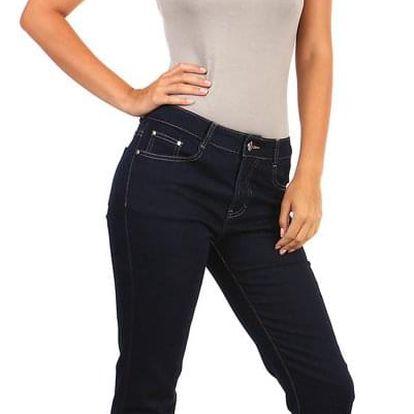 Dámské rovné džíny - i pro plnoštíhlé