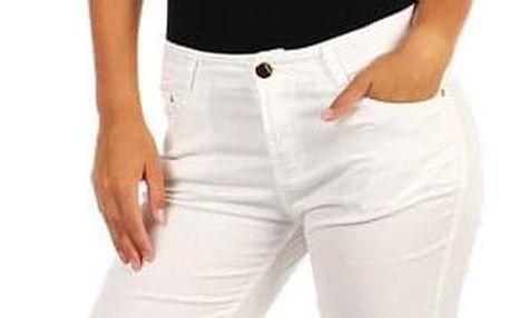 Bílé dámské džíny klasického střihu