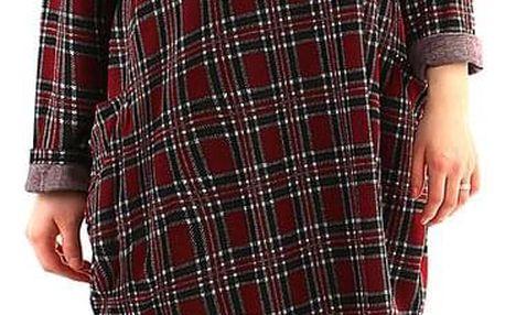 Oversized úpletové šaty s kostkou