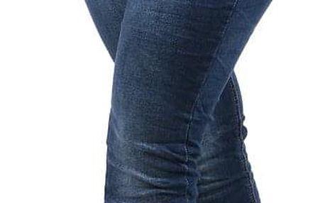 Dámské džíny v mačkaném vzhledu