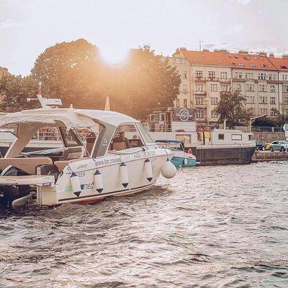 Luxusní plavba po Vltavě moderní jachtou GREENLINE NEO