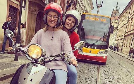 Prohlídka památek v Praze a okolí na skútru s audioprůvodcem od JustScoo