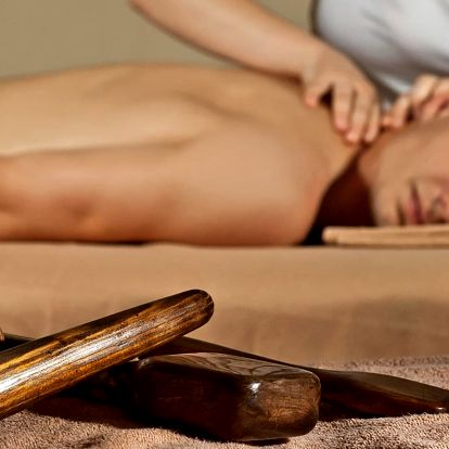 30–90 min. masáže: šíje, lymfatická či Tok Sen
