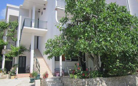 Chorvatsko, Drvenik: Apartments Andrea