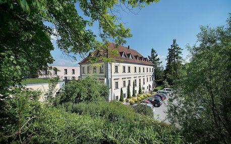 Královský pobyt na zámku Loučeň nedaleko Prahy - dlouhá platnost poukazu