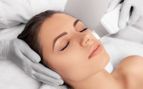 Ošetření ultrazvukovou špachtlí i úprava obočí