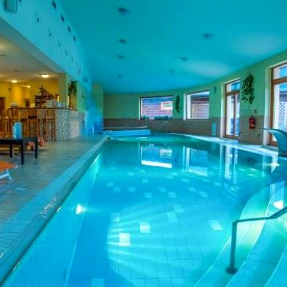 Liptov u Vysokých a Nízkých Tater pro 2 - 4 osoby v 3* Sojka Resortu s bazénem, Liptov Region Card a polopenzí