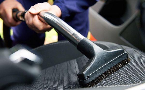 Důkladné čištění interiéru vozidel: 2 balíčky