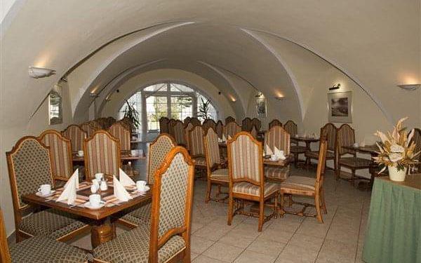 PARKHOTEL KAŠPERSKÉ HORY - Kašperské Hory, Šumava, vlastní doprava, snídaně v ceně5