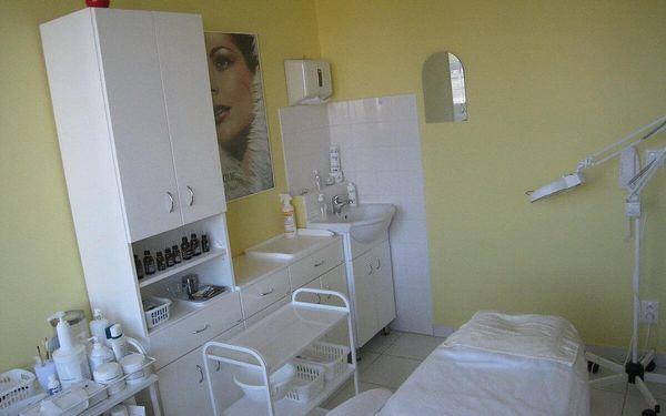 Hloubkové čištění pleti s masáží a úpravou obočí2