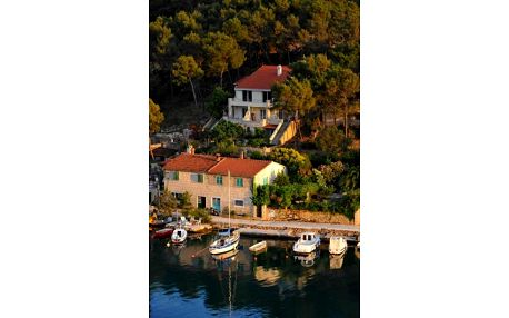 Chorvatsko, Brač: Apartments Dakrijus