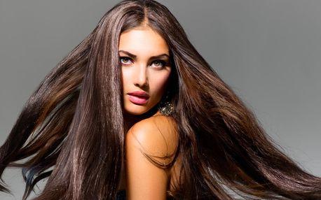 Střih pro muže i ženy a melír pro všechny délky vlasů