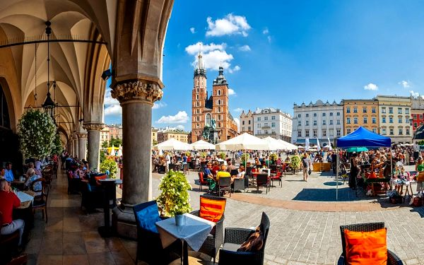 Polsko autobusem na 4 dny, snídaně v ceně