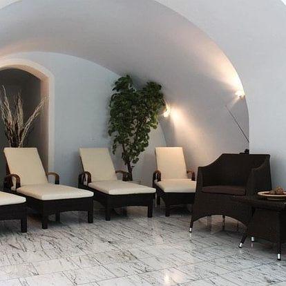 Kašperské Hory, Parkhotel**** v historické budově