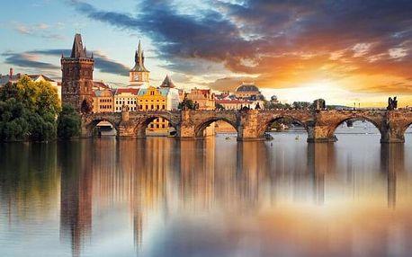 Praha přímo v centru: Luxusní 5* Hotel Urban Creme s vínem, slevou do hotelové restaurace a bohatou snídaní