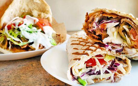 Kebab či falafel v pitě, tortille, s nudlemi i rýží